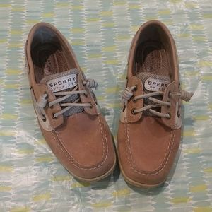 Sperry Topsiders size 8 tan